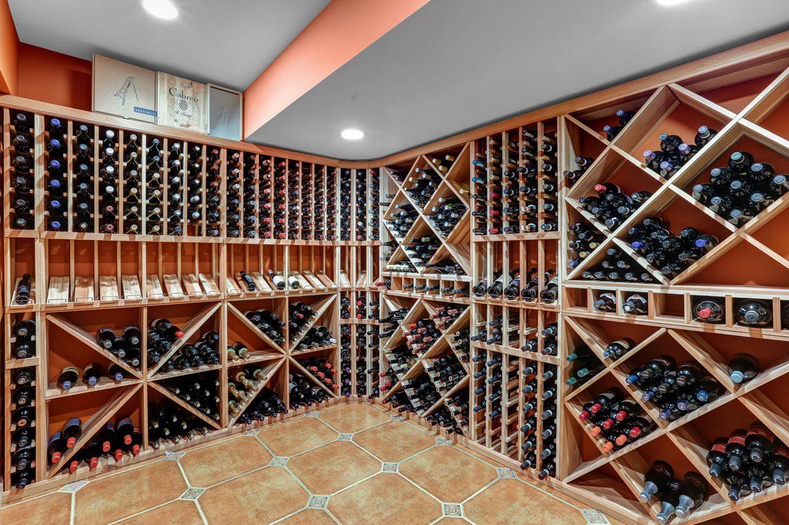 21 – 1 Minnisink Road – Wine Cellar