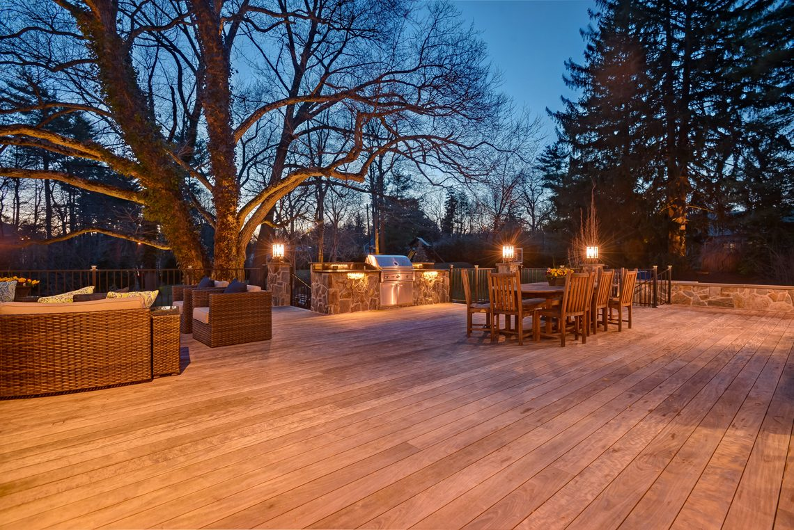 22 – 1 Minnisink Road – Gorgeous Deck