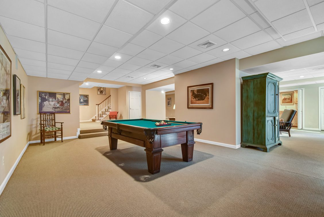 22 – 2 Holly Hill Lane – Billiard Room