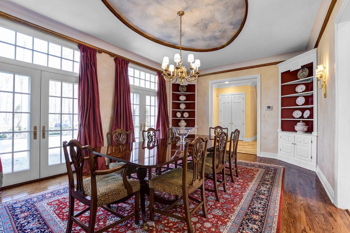 9 – 26 Sand Spring Lane – Dining Room