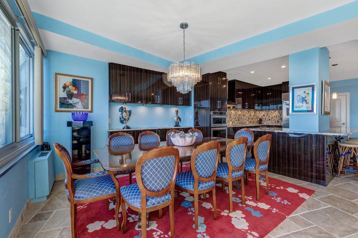 13 – 1 Claridge Drive – Dining Room