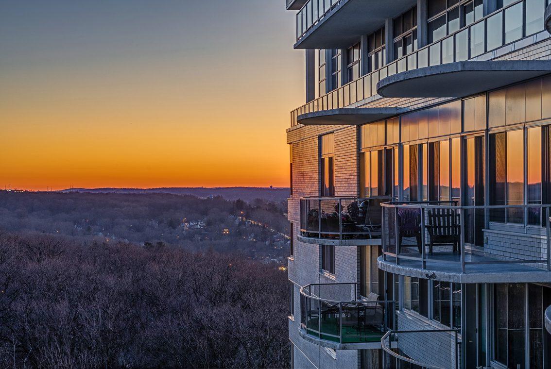 25 – 1 Claridge Drive – Breathtaking Views