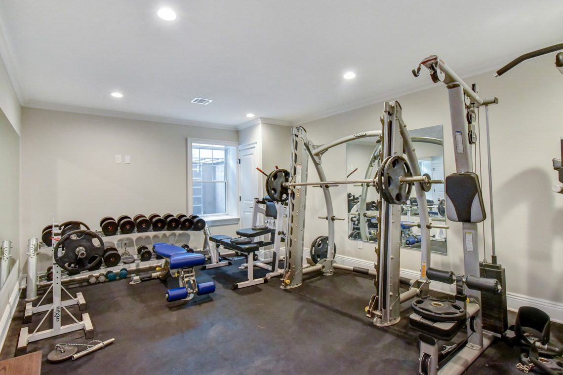 19 – 137 Silver Spring Road – Amazing Home Gym