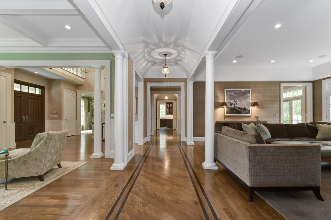3 – 28 Montview Avenue – Hallway
