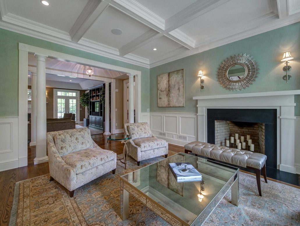 4 – 28 Montview Avenue – Living Room