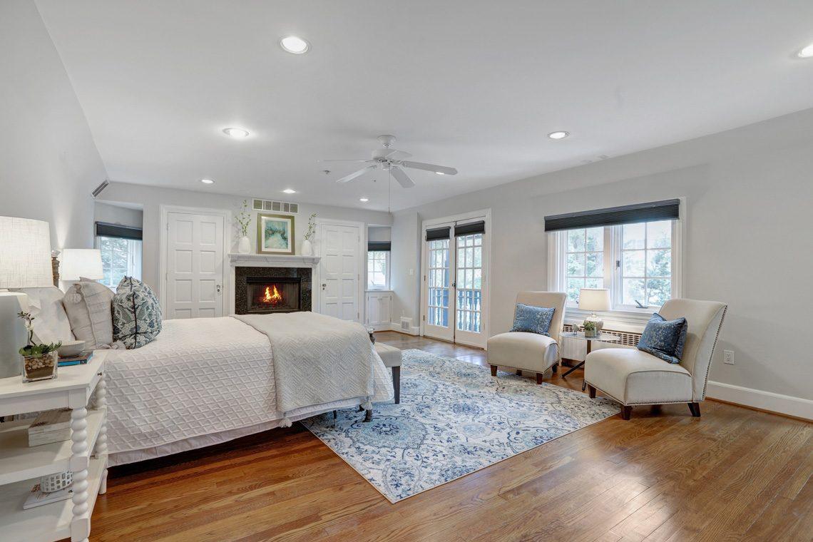 13 – 27 Barnsdale Road – Master Bedroom
