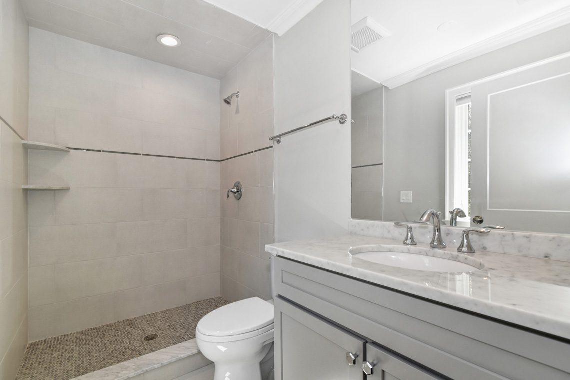 20 – 32 Great Hills Road – Bedroom 4 En Suite Bath
