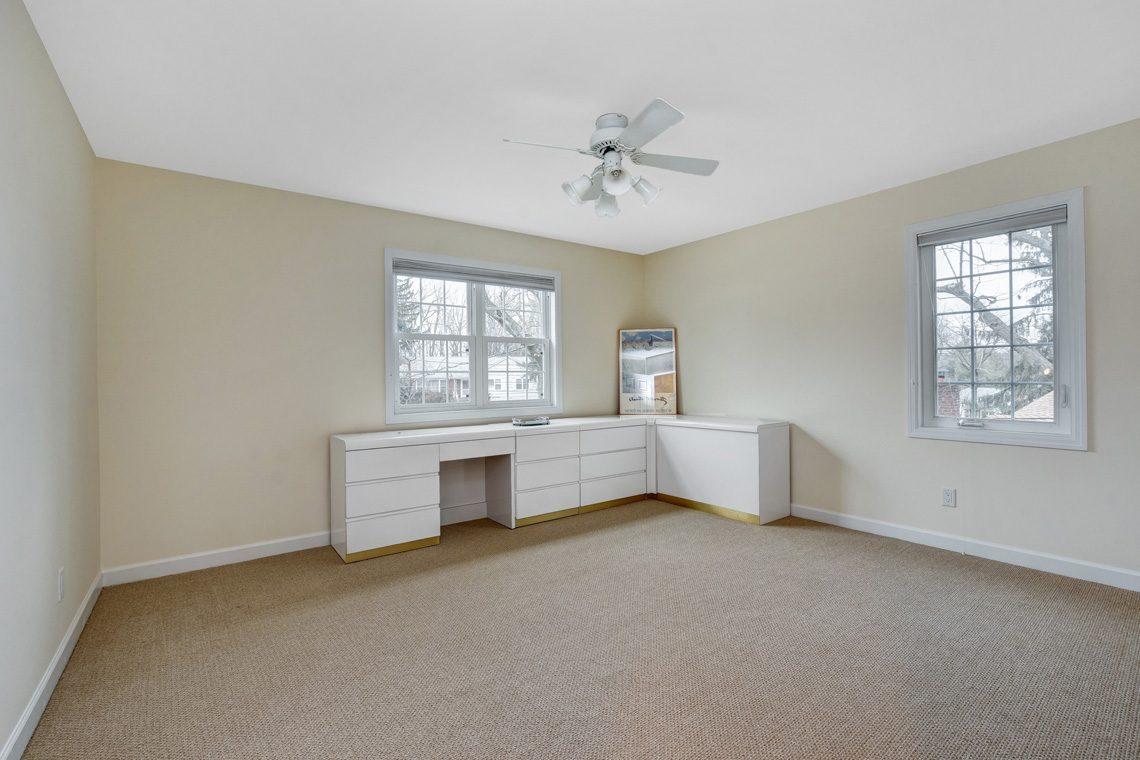 21 – 10 Eliot Place – Bedroom 4