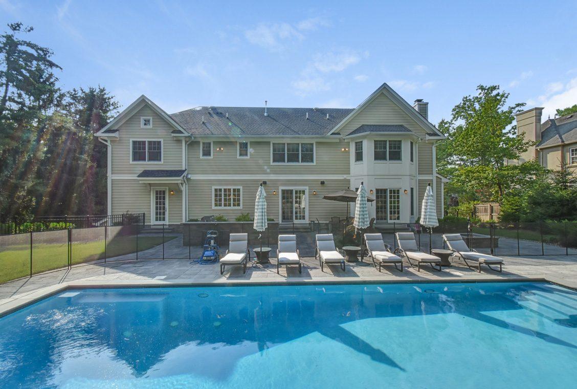 21 – 36 Troy Drive – Gorgeous Backyard