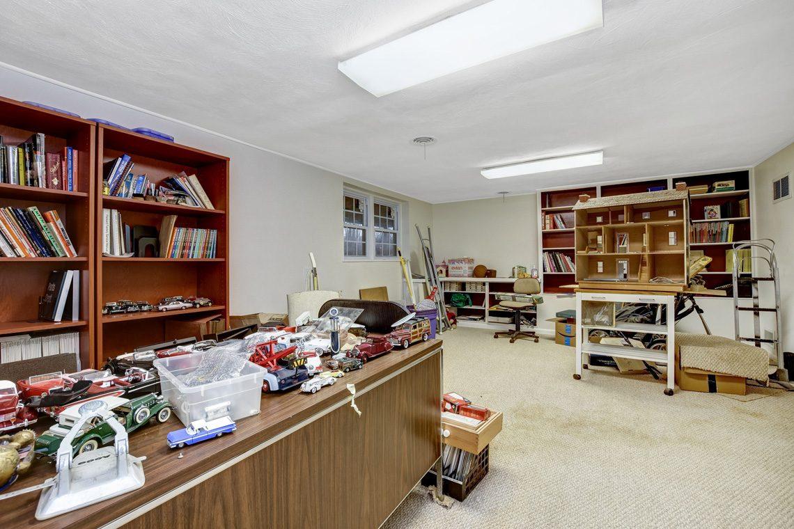 23 – 10 Eliot Place – Recreation Room