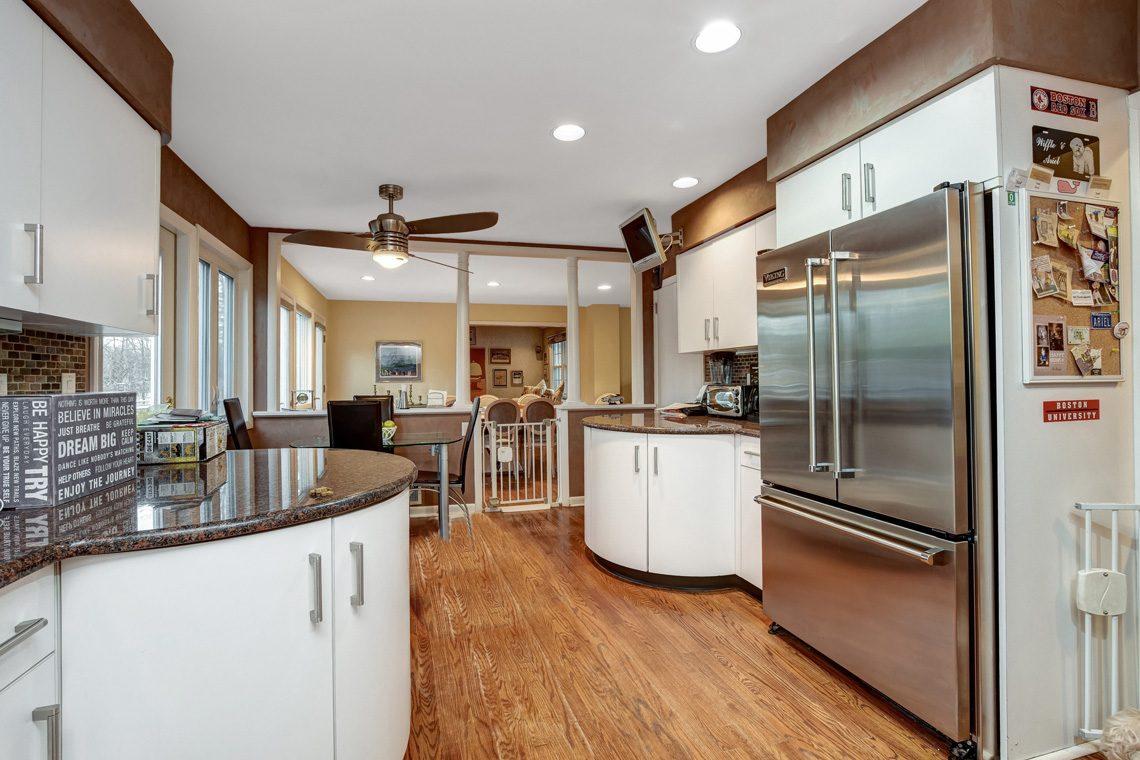 9 – 10 Eliot Place – Kitchen