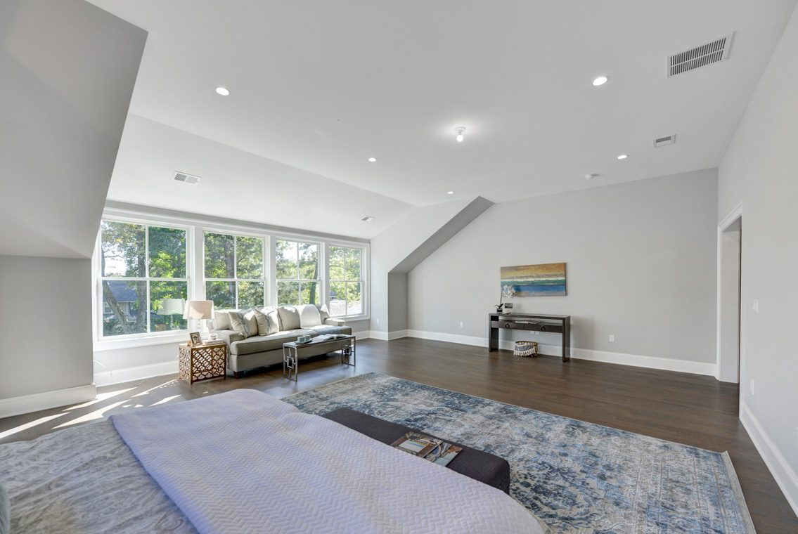 14 – 40 Hillside Avenue – Master Bedroom