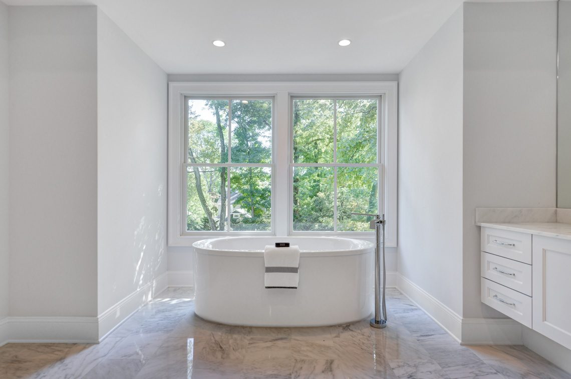 16 – 40 Hillside Avenue – Spa-like Master Bath