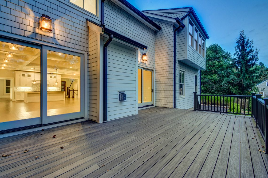 24 – 40 Hillside Avenue – Gorgeous Deck