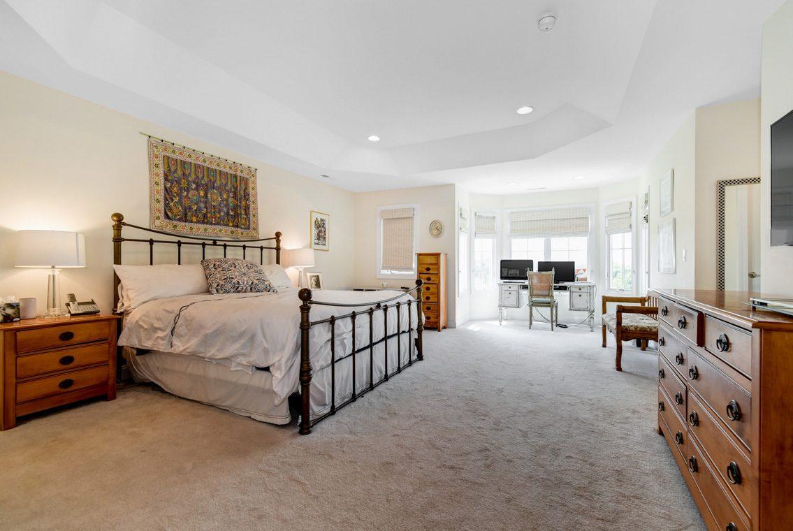 11 – 14 Metzger Drive – Master Bedroom