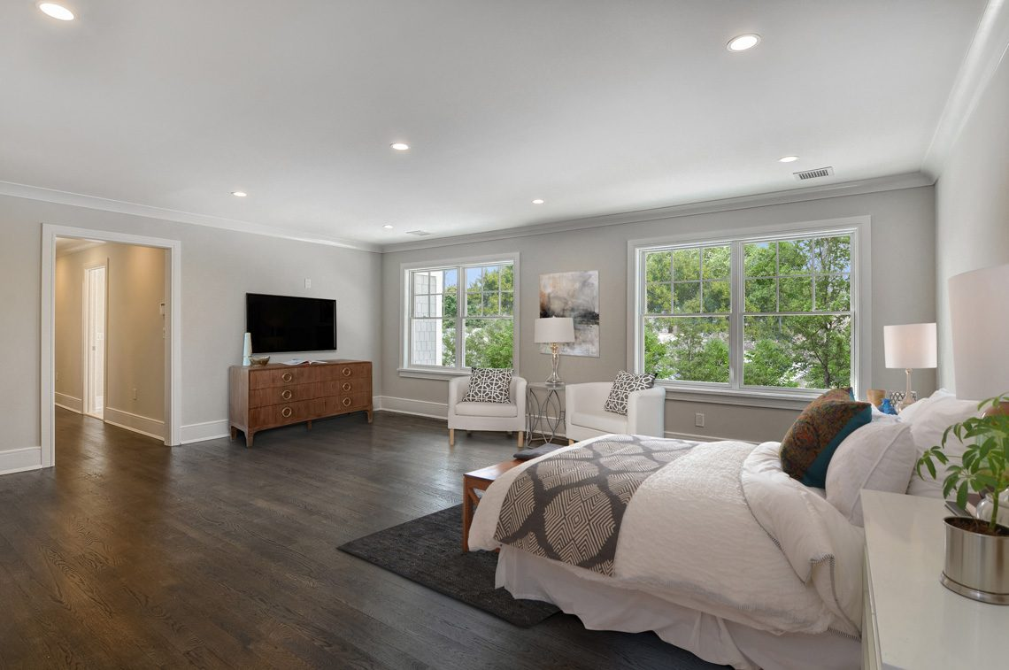 11 – 7 Saratoga Way – Master Bedroom