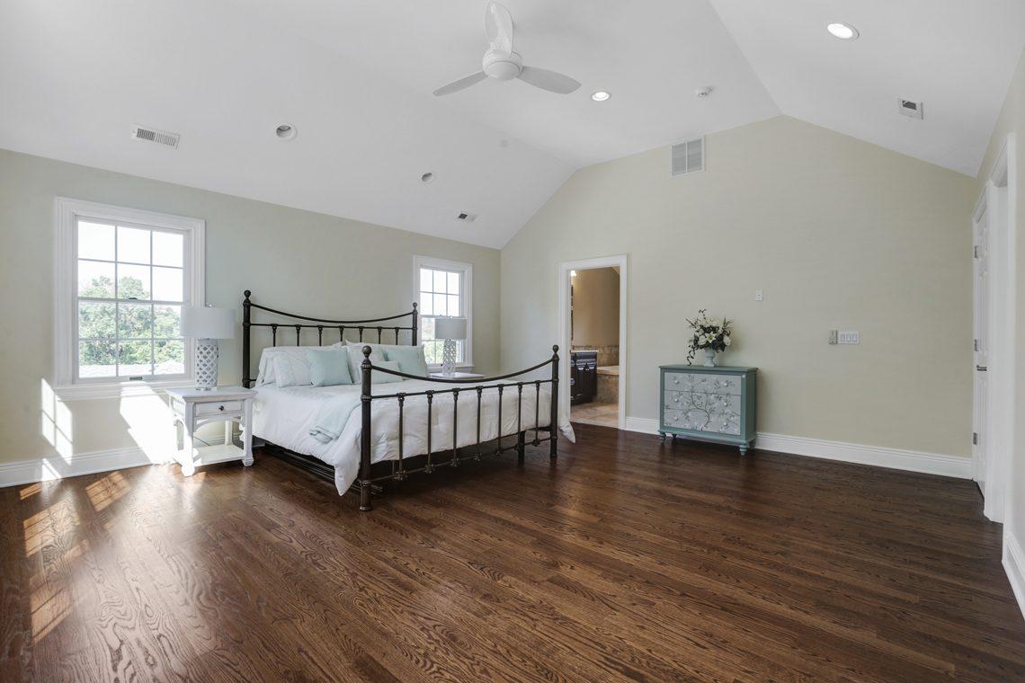 16 – 89 Browning Road – Master Bedroom