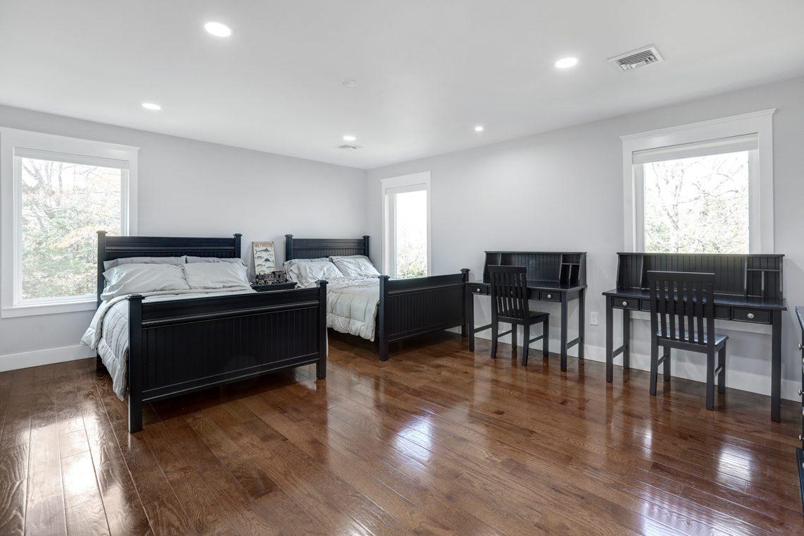20 9 Highview Road – Bedroom