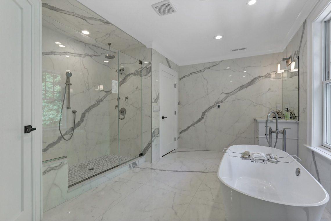 21 – 281 Hartshorn Drive – Master Bath