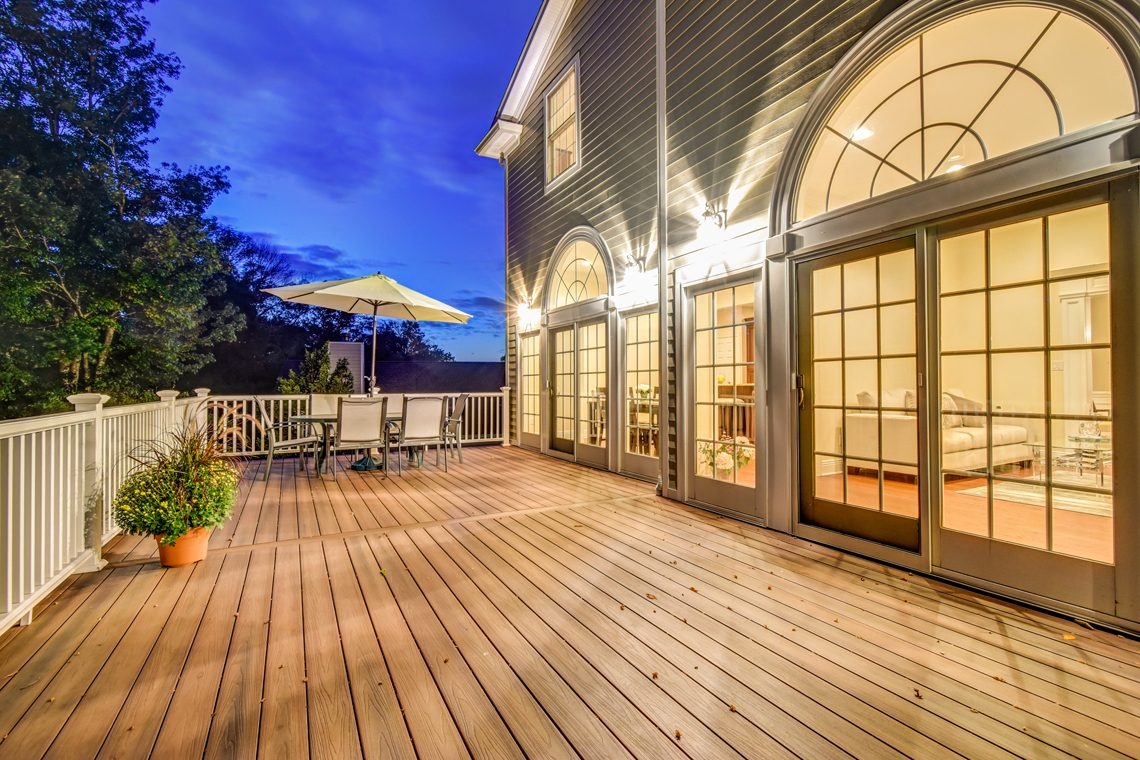 22 – 89 Browning Road – Beautiful Deck