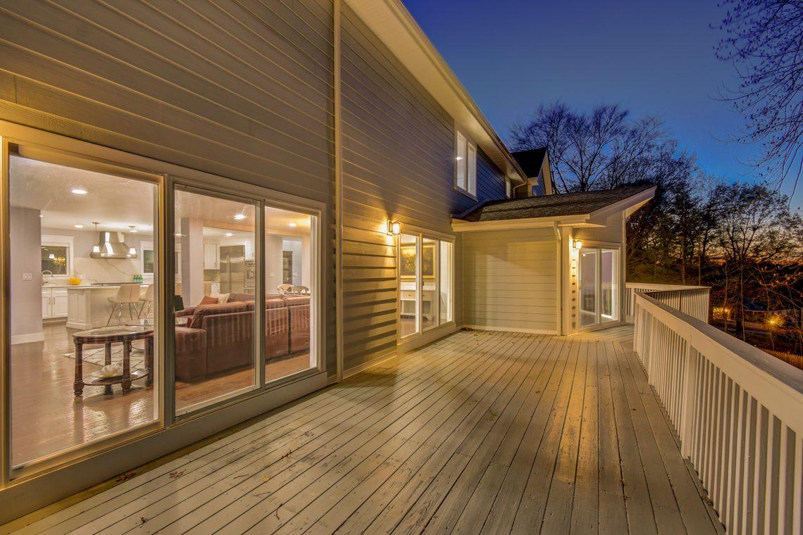24 – 9 Highview Road – Beautiful Deck