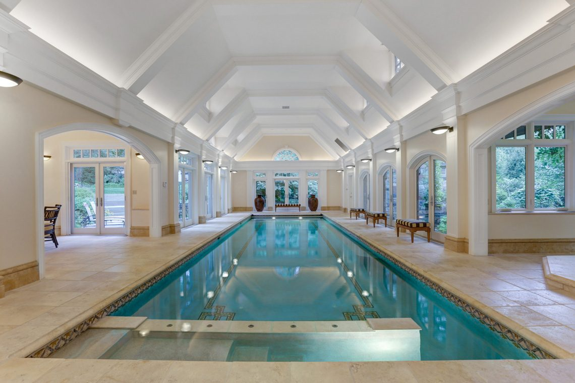 4 – 118 Forest Drive – Stunning Indoor Pool