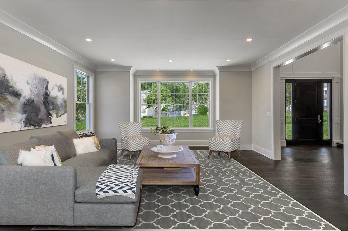 4 – 7 Saratoga Way – Living Room