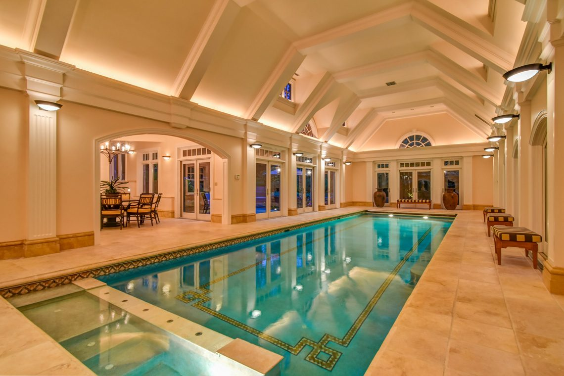 5 – 118 Forest Drive – Stunning Indoor Pool