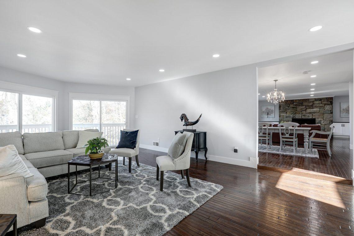 5 – 9 Highview Road – Living Room