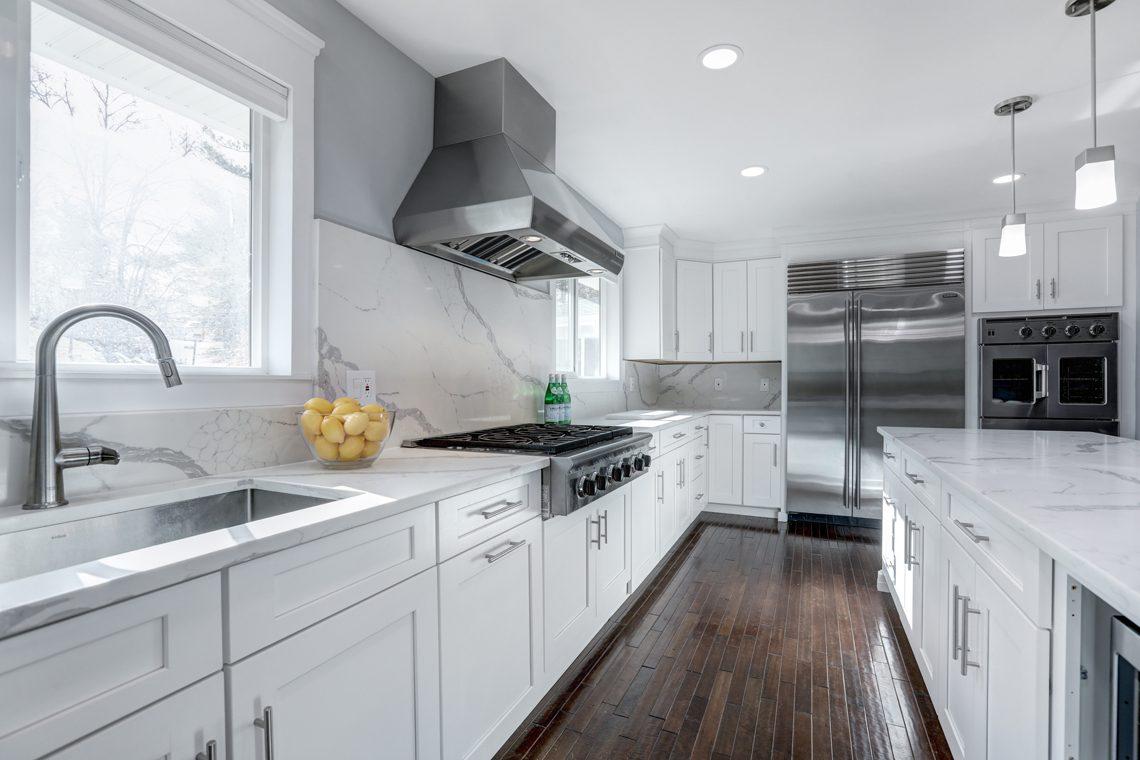 9 -9 Highview Road – Kitchen
