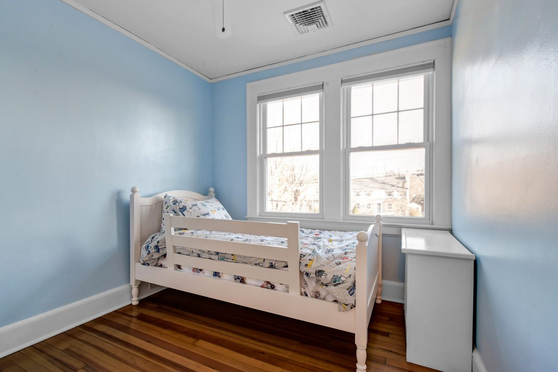 18 – 45 Parkview Drive – Bedroom