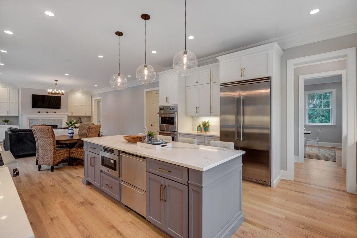 7 – 16 Sheridan Drive – Kitchen