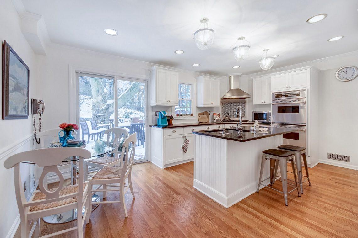 10 – 29 Byron Road – Gourmet Eat-in Kitchen