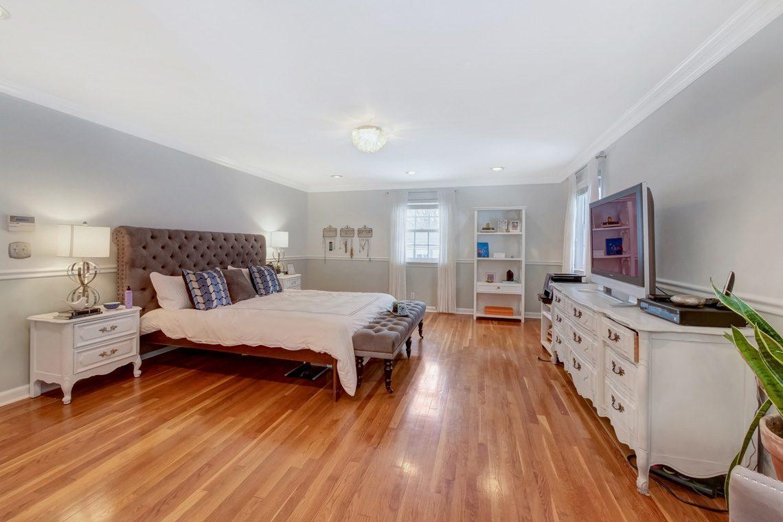15 – 29 Byron Road – Master Bedroom