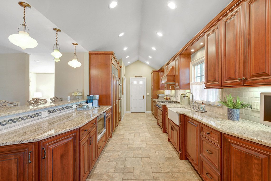 10 – 360 Long Hill Drive – Kitchen