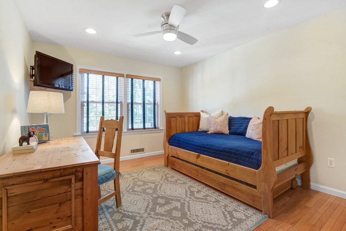 16 – 360 Long Hill Drive – Bedroom 2