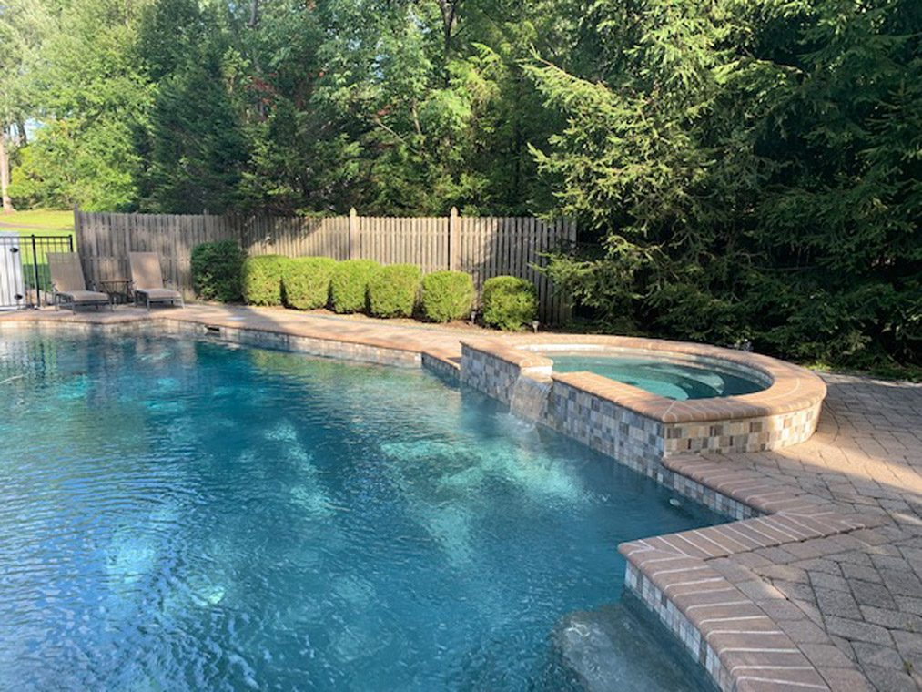 24 – 360 Long Hill Drive – Stunning Pool