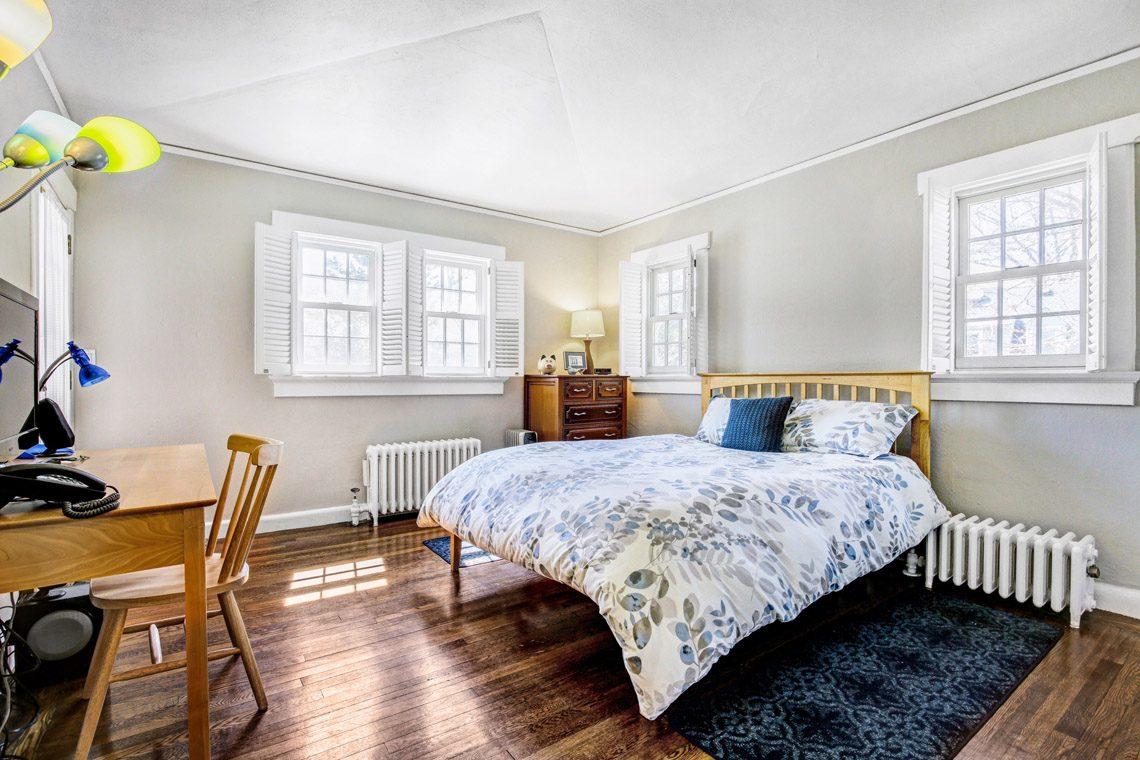 13 – 136 Hobart Avenue – Bedroom 2