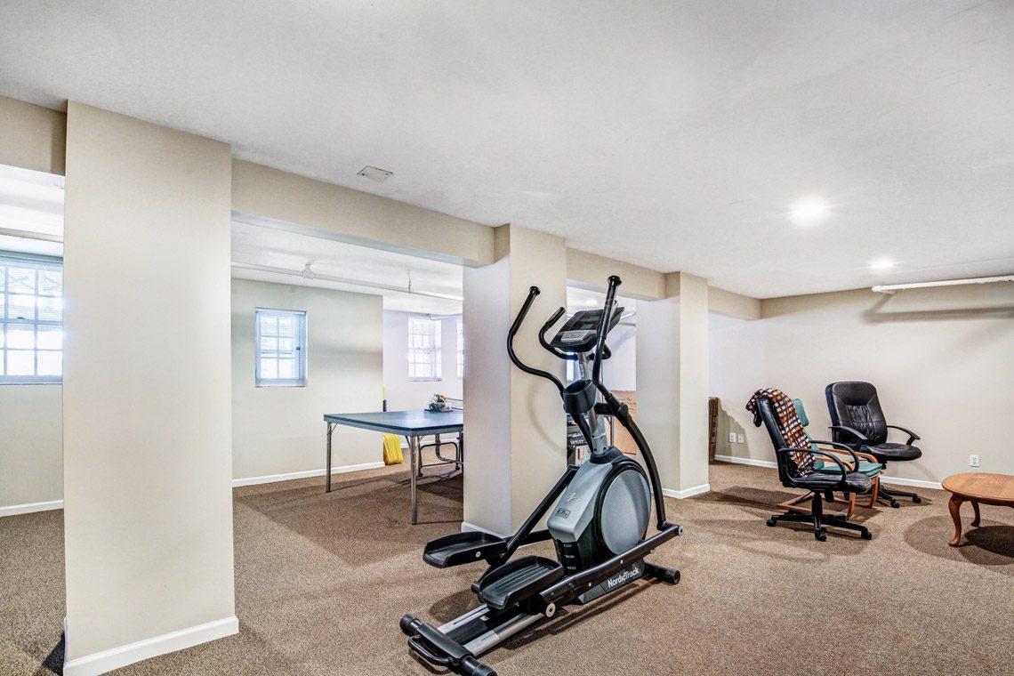 20 – 136 Hobart Avenue – Recreation Room