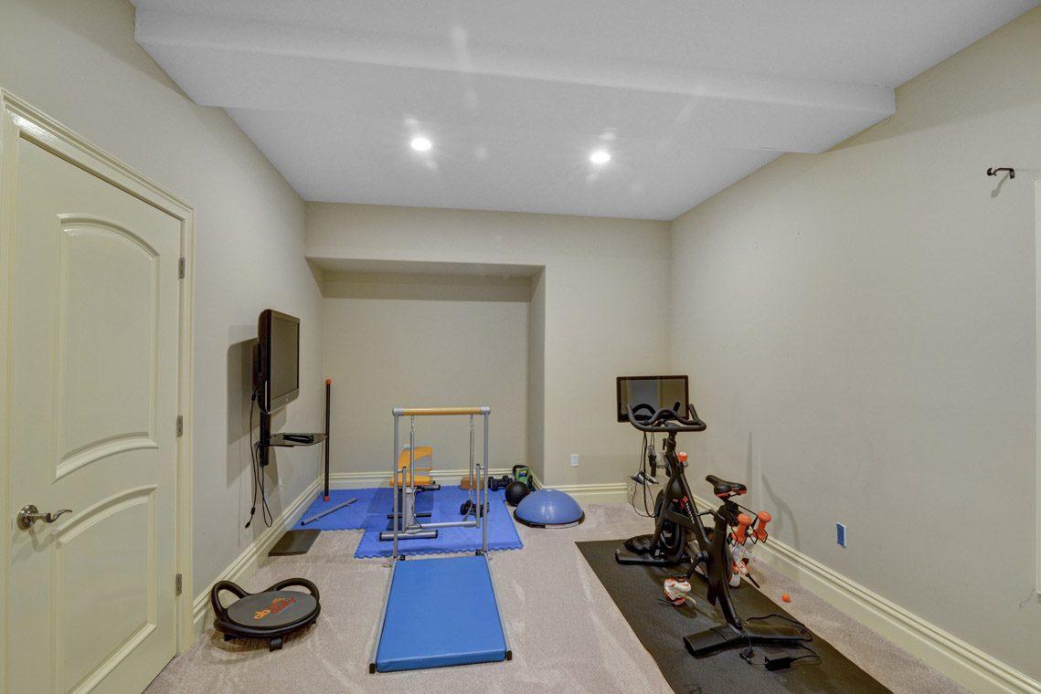 23 – 7 W Beechcroft Road – Exercise Room