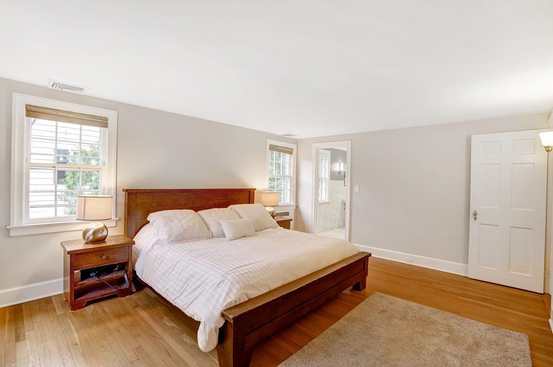10 – 29 Haddonfield Road – Master Bedroom
