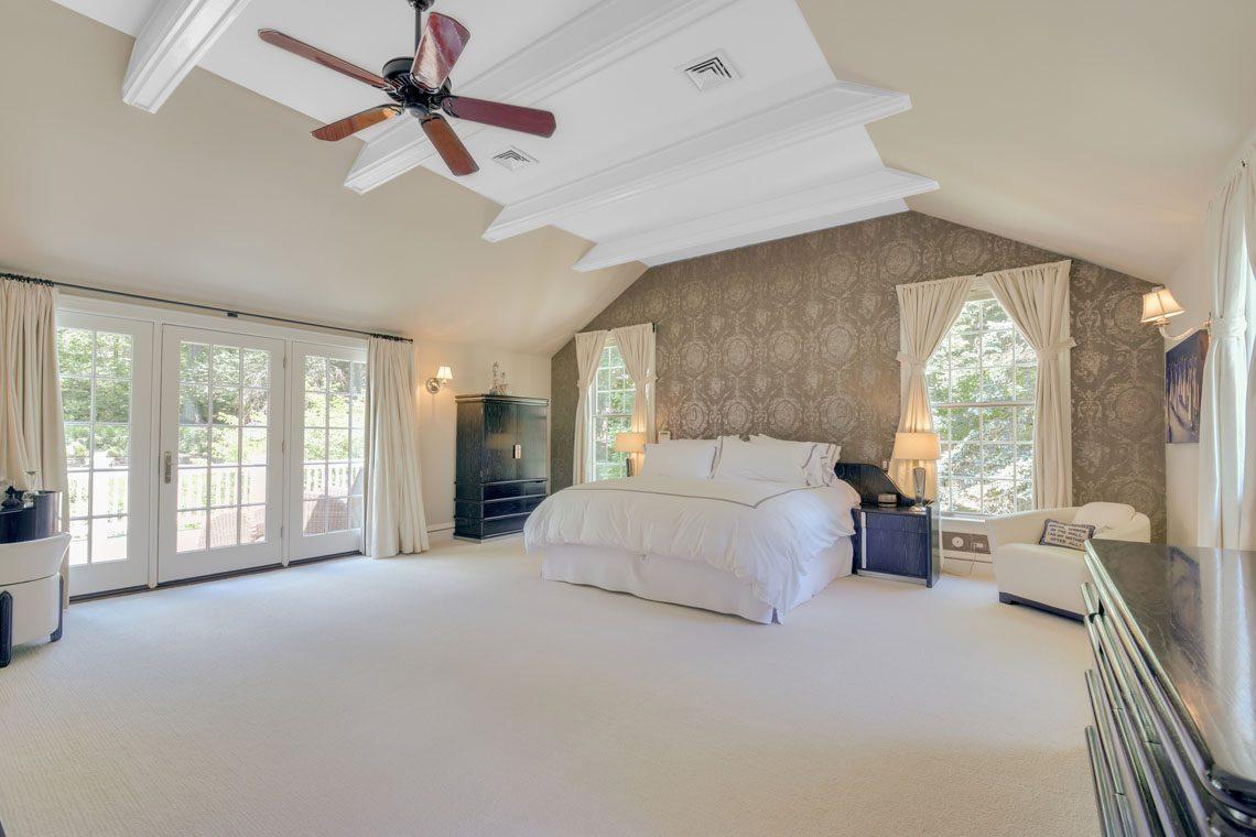 11 – 11 Hardwell Road – Master Bedroom