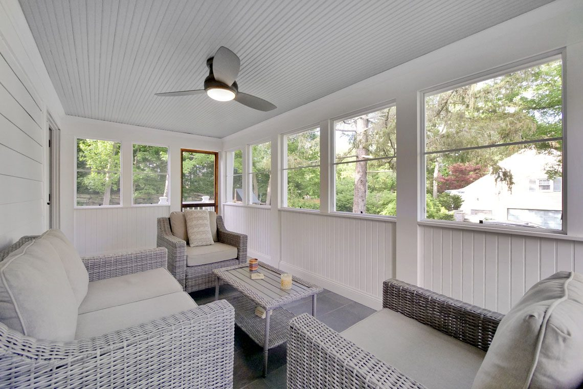 12 – 25 Barnsdale Road – New Screened-in Porch