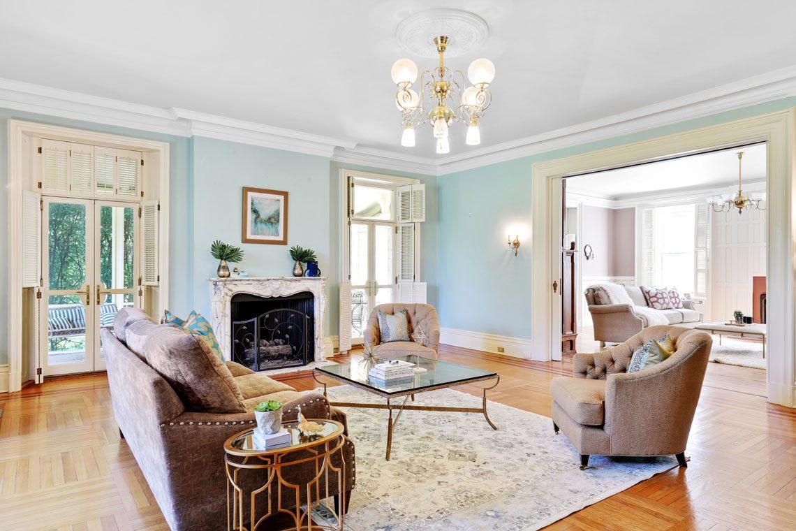 17 – 12 E Hartshorn Drive – Sitting Room