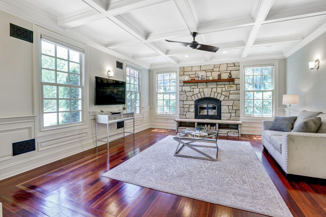 2 – 63 Addison Drive – Living Room
