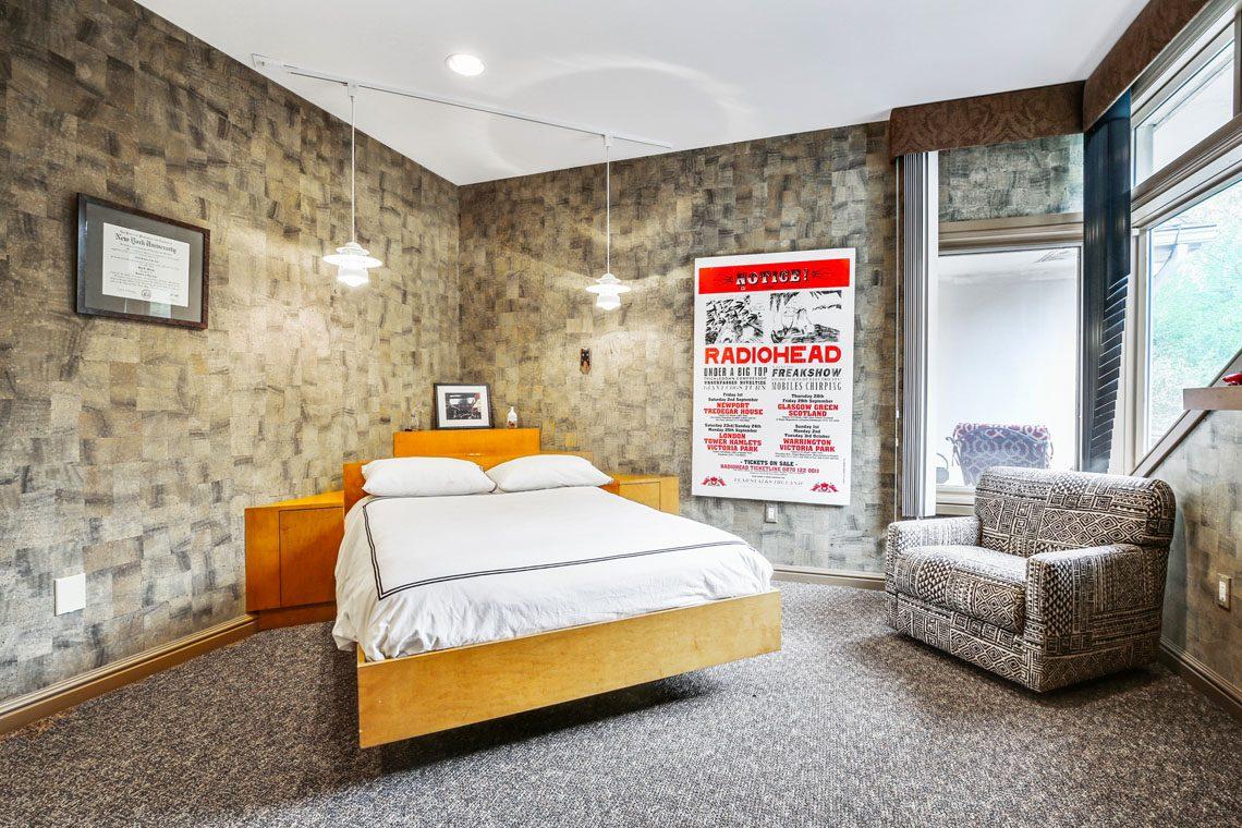 20 – 24 Mountain Ridge Drive – Bedroom 2
