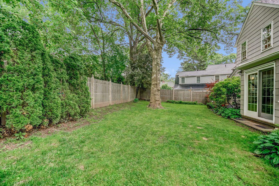 20 – 29 Haddonfield Road – Level Backyard