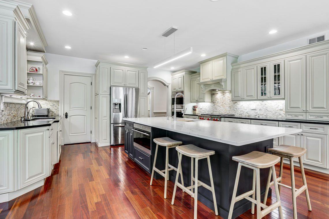 7 – 63 Addison Drive – Kitchen