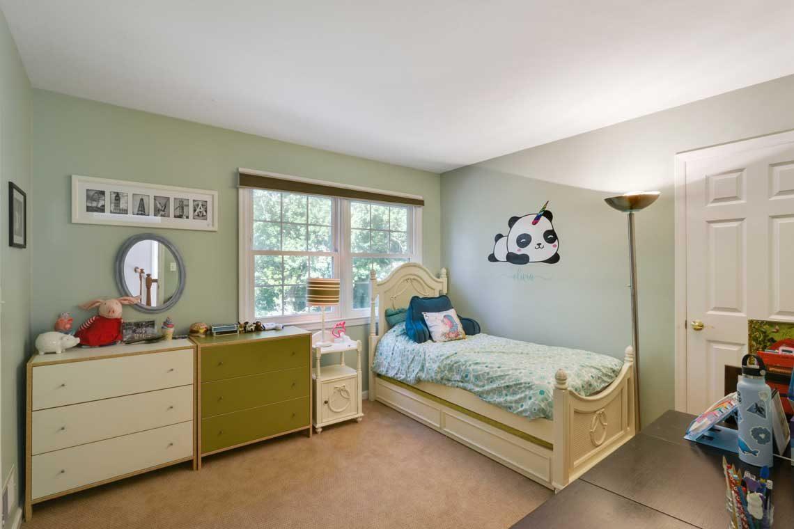 16 – 34 Seminole Way – Bedroom