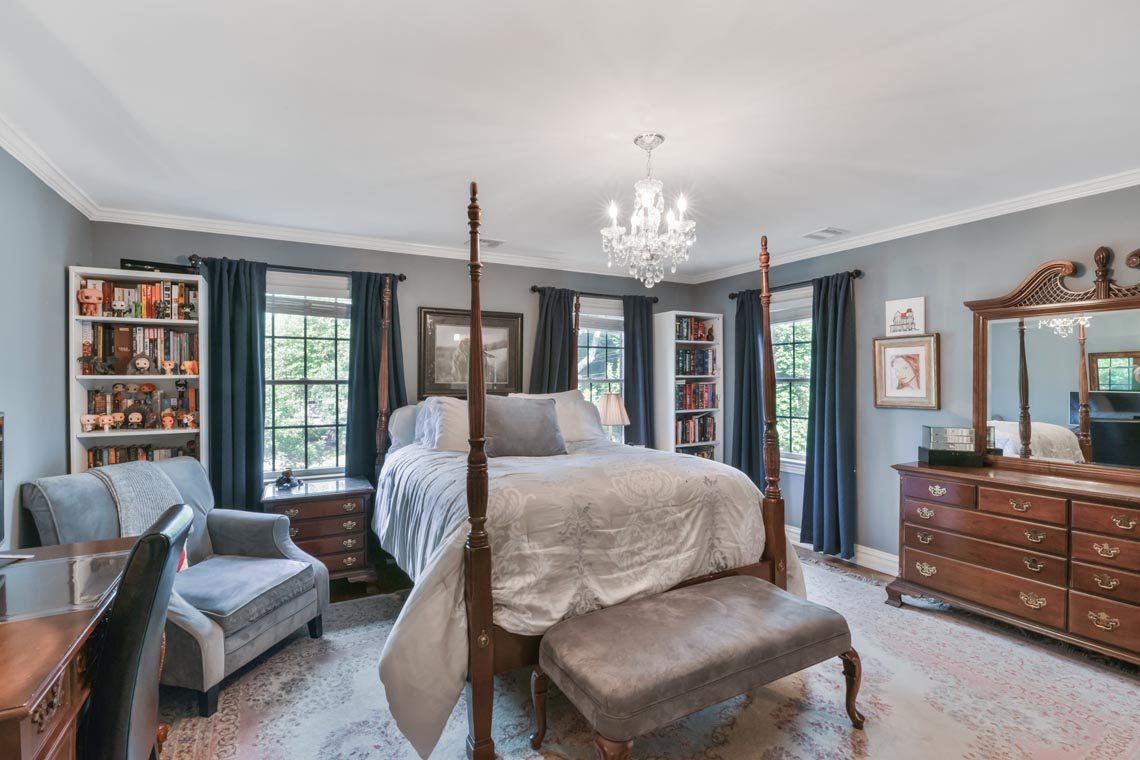 20 – 50 Hilltop Road – Bedroom